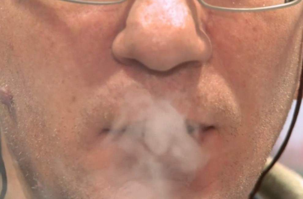 Heart group: E-cigarettes may help smokers quit _lowres