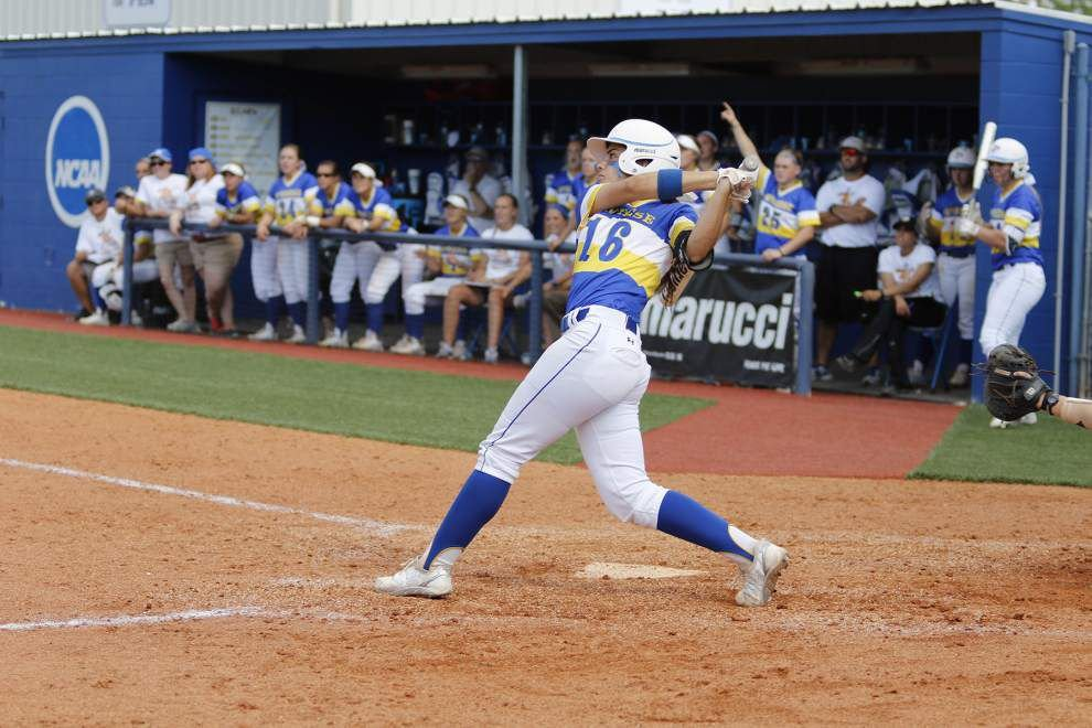 NCAA SOFTBALL TOURNAMENT: Baton Rouge regional team-by-team preview _lowres