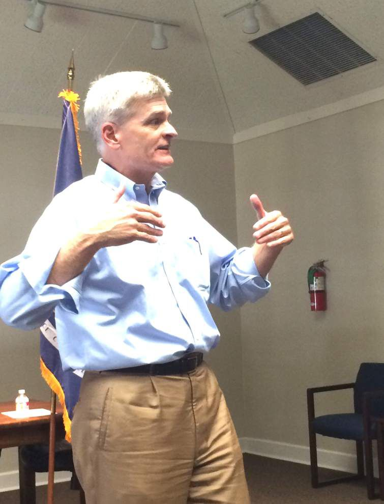 Cassidy addresses Washington dysfunction at town hall meeting _lowres