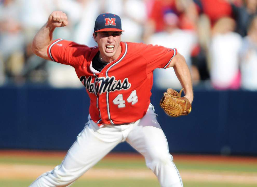 Ole Miss moves into Oxford championship round, will face Washington _lowres