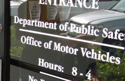 State authorities take new steps on driver's license fees _lowres
