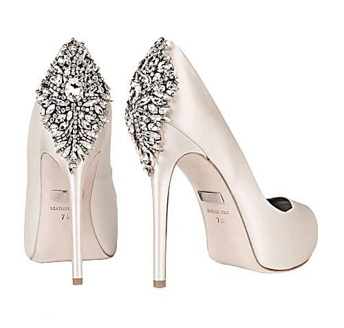 Bridal shoe trends for summer_lowres