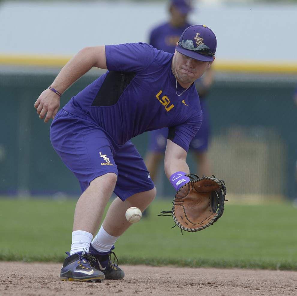 LSU baseball notes: Greg Deichmann, Bryce Jordan to split time at first base against Fordham _lowres