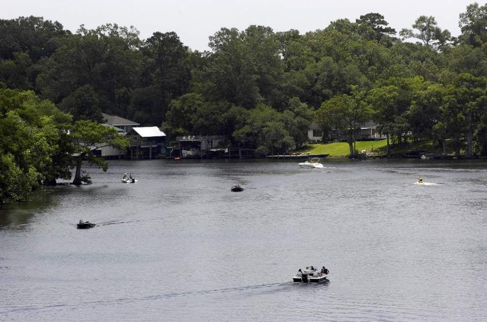 High water postpones 'Redneck Regatta' in Livingston _lowres