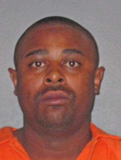 Baton Rouge man accused of stealing neighbor's handgun and, when confronted, stabbing him in the torso _lowres