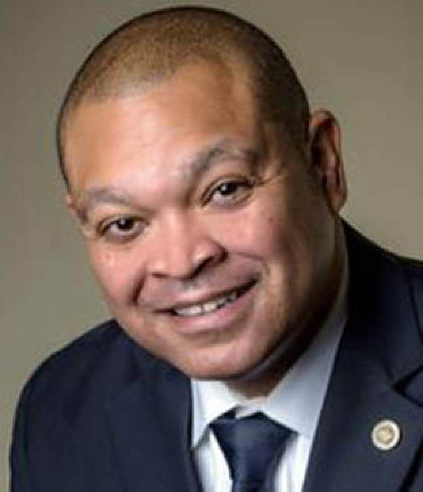 Gloves come off in House District 99 race, where politico faces pastor _lowres