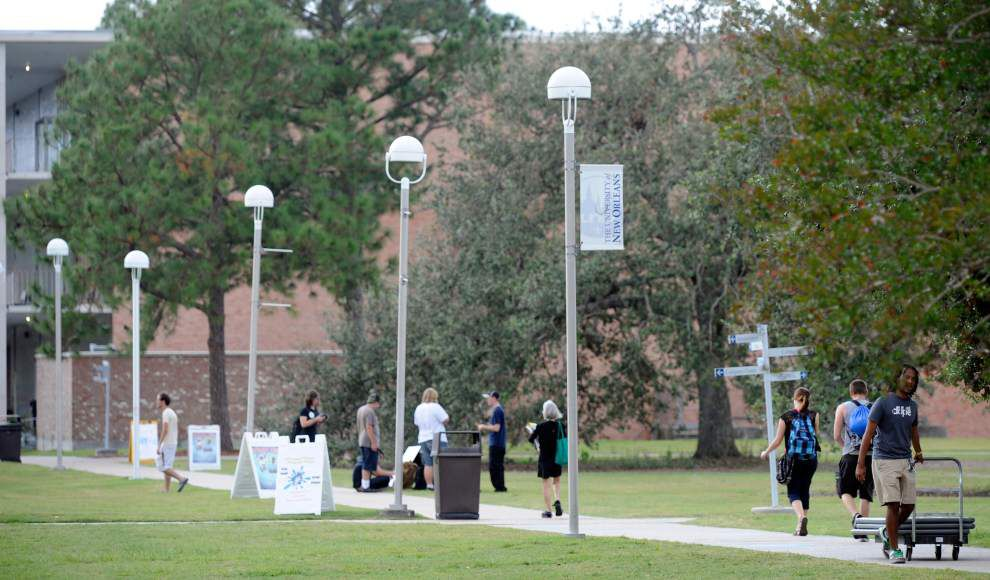Budget cuts, leadership void, tougher admission standards only added to UNO's struggles after Hurricane Katrina _lowres