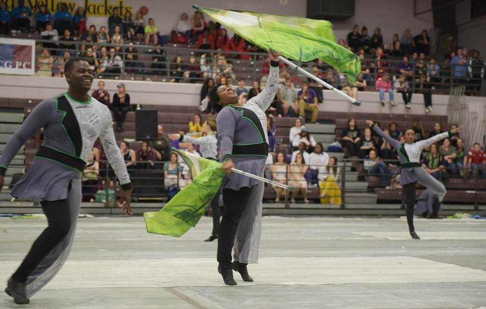 DSHS hosts winterguard competition _lowres