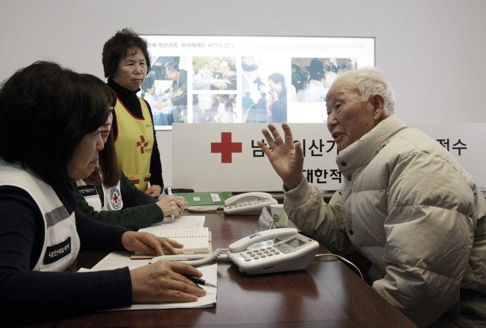 North Korea threatens to cancel reunions with Seoul _lowres