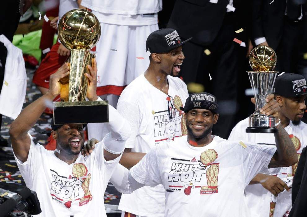 LeBron James opts out of final two seasons of contract _lowres