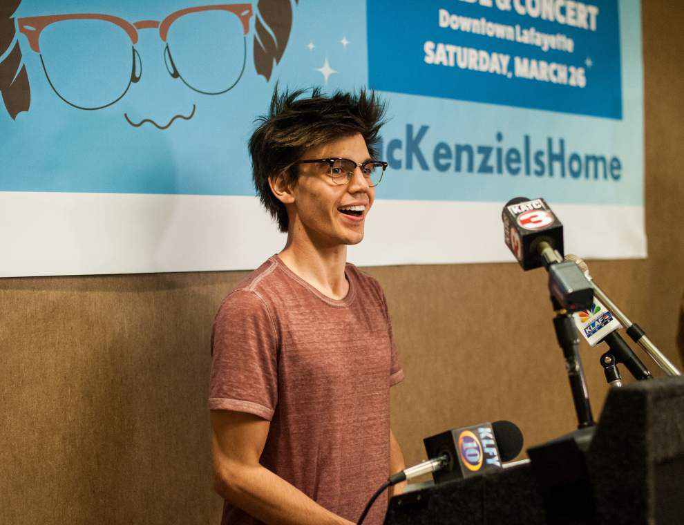 Photos: 'American Idol''s Mackenzie Bourg arrives in Lafayette before parade, performance on Satuday _lowres
