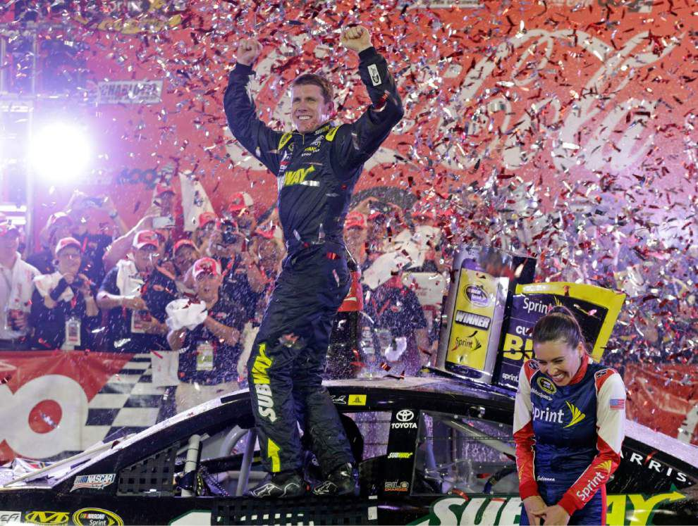 Carl Edwards gets first win for Joe Gibbs Racing _lowres