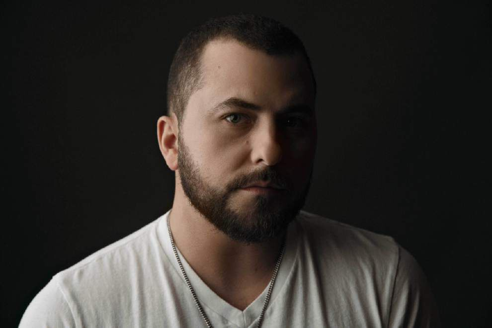 Tyler Farr brings new No. 1 hit to Superfest stage _lowres