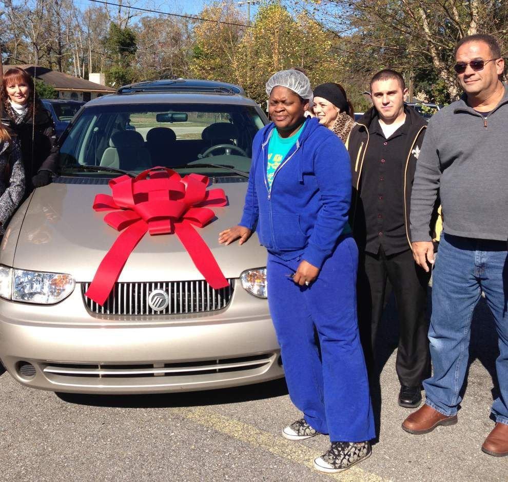 What a gift! Van will help deliver meals to elderly and shut-ins _lowres
