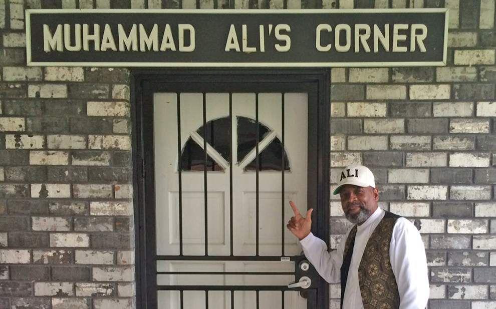 Rod Walker: It's all love for Muhammad Ali from Ama's Glenn Singleton _lowres