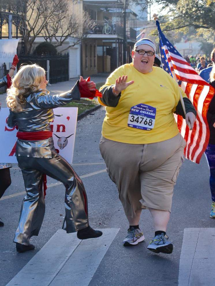Rod Walker: 625 pounds a year ago, Kansas City native just proud to finish Rock 'n' Roll Marathon race _lowres