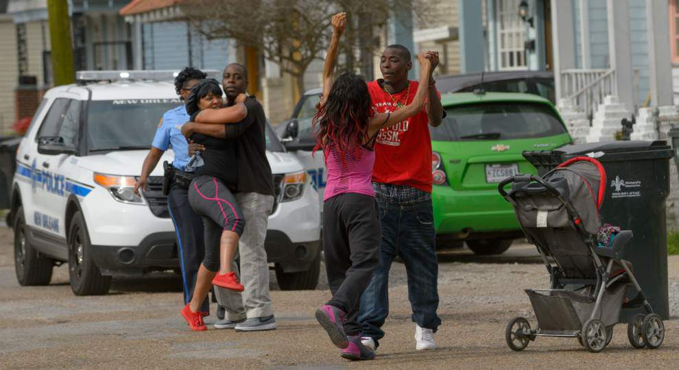 New Orleans police investigate double shooting in Hollygrove Wednesday _lowres