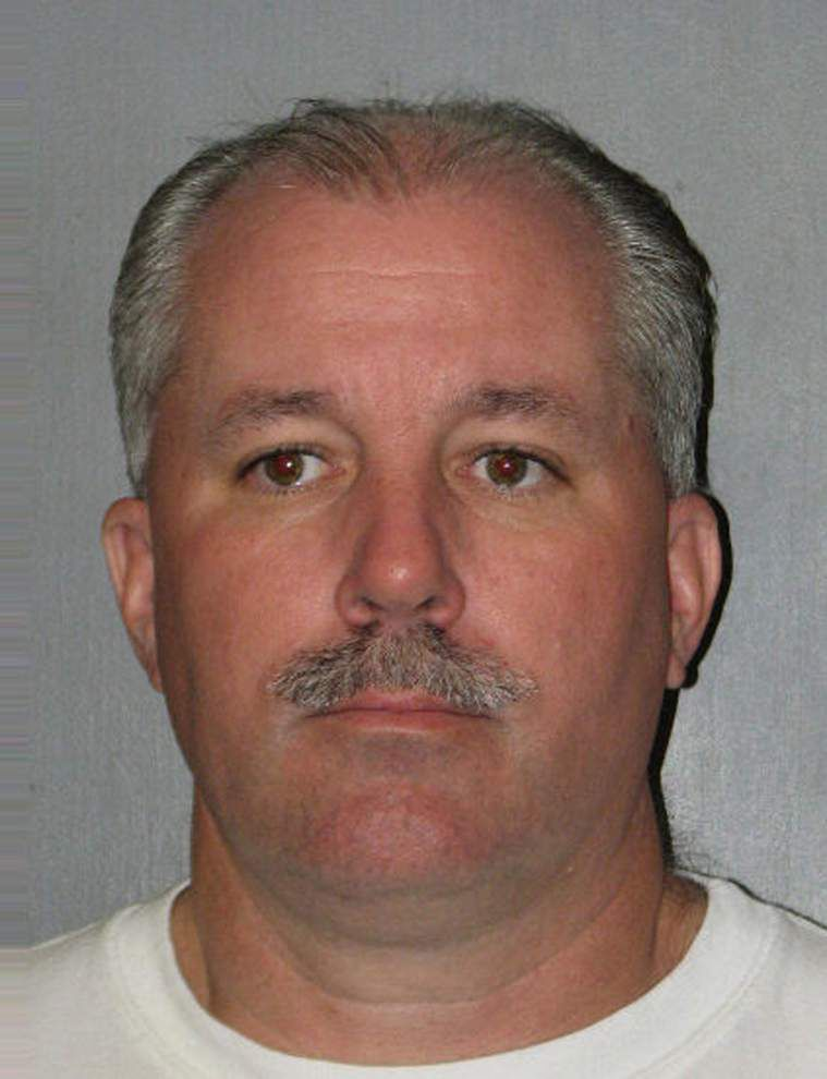 Harvey deputy fire chief gets probation, fines in theft case _lowres