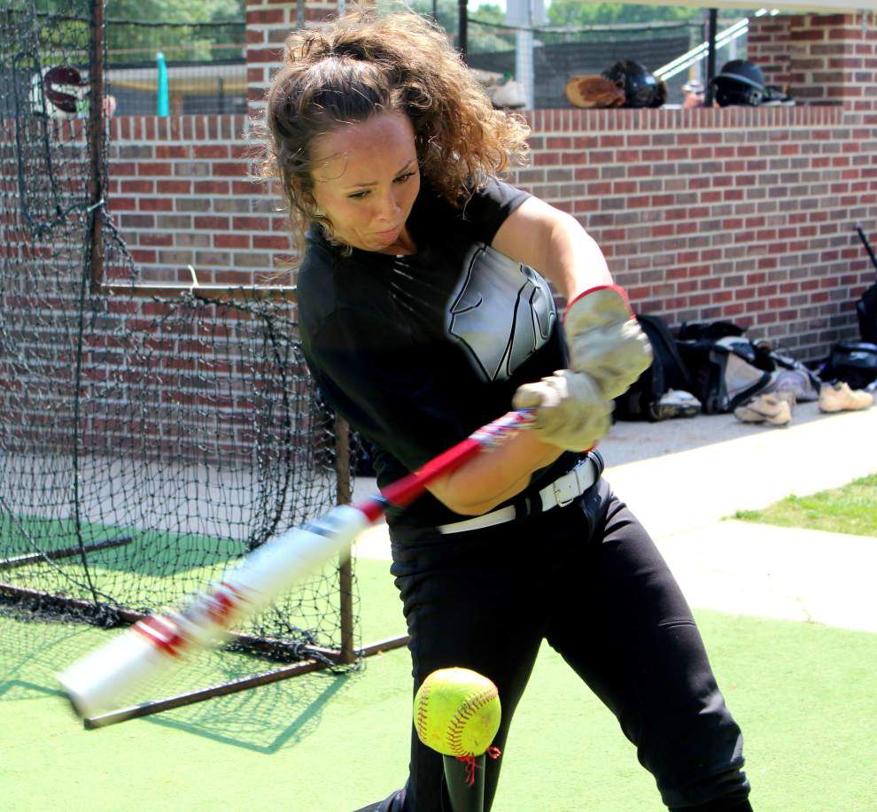 Central softball slugger Raegan Willis says time on bench while injured was humbling experience _lowres