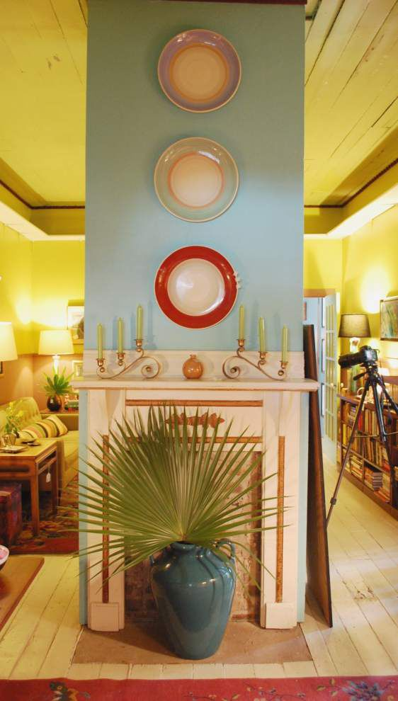 Collector selling off a house full of mid-century furnishings _lowres