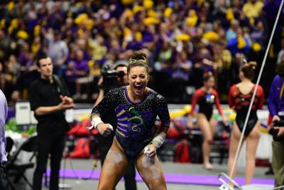 LSU gymnastics overwhelms Georgia with perfect 10s from Lexie