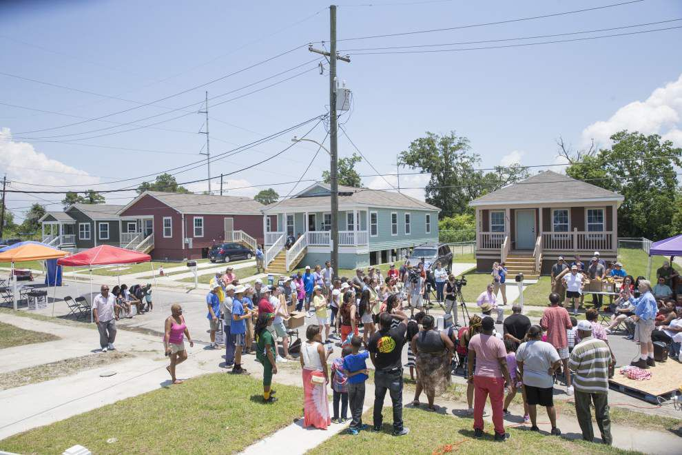 Photos: Habitat home neighborhood revival _lowres