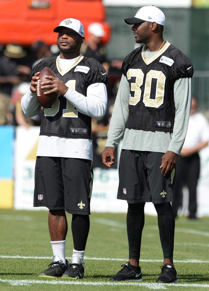 Jairus Byrd back on practice field for Saints _lowres