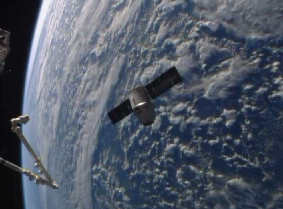 Easter morning delivery for space station _lowres
