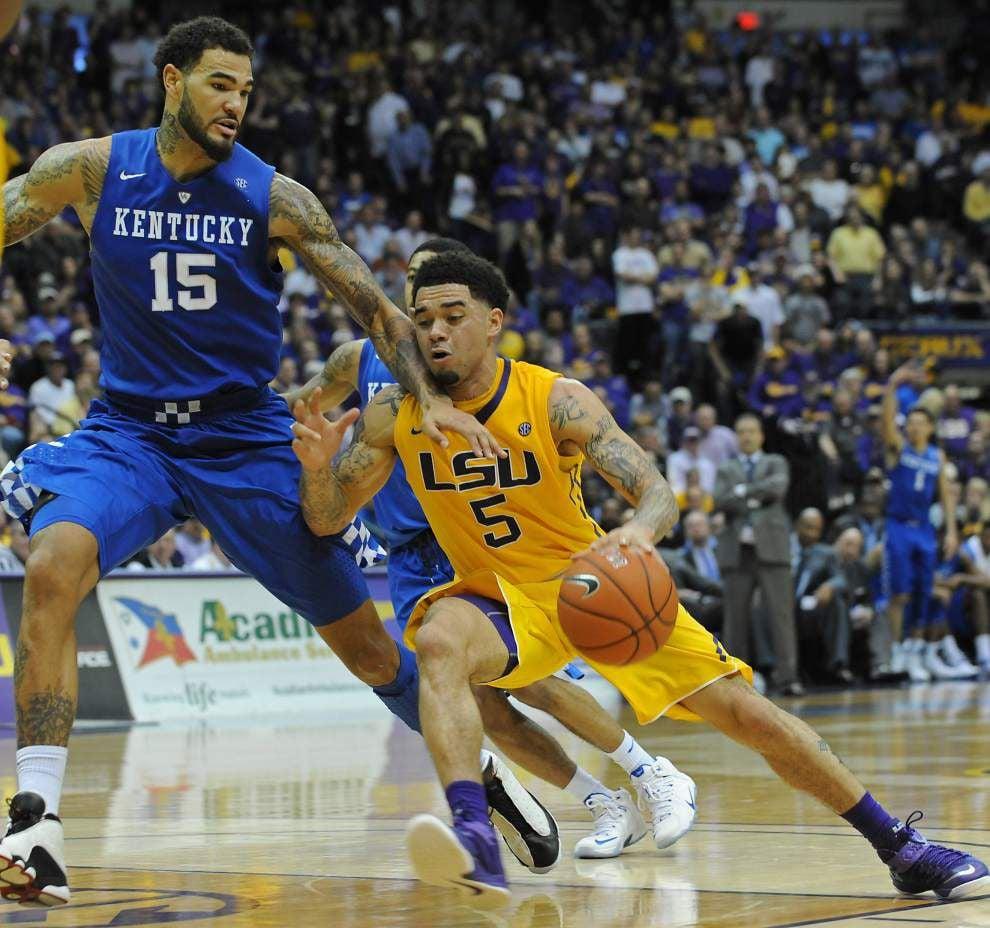 No. 1 Kentucky holds off LSU's furious upset bid _lowres