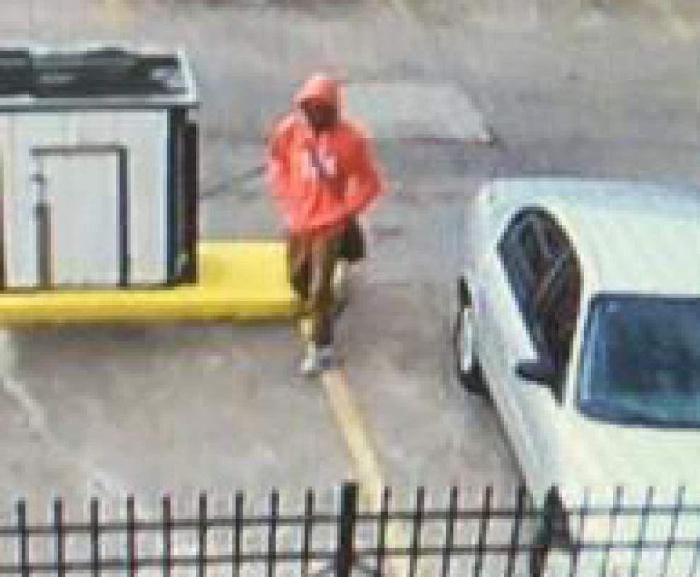 New Orleans police looking for armed robber who met victim via Craigslist _lowres