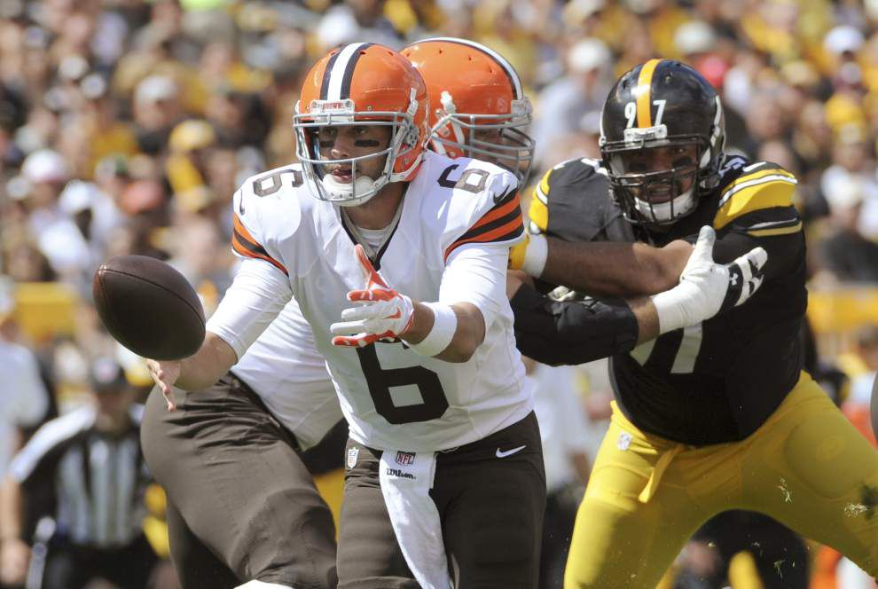 Steelers hold off Browns' rally for 30-27 win _lowres