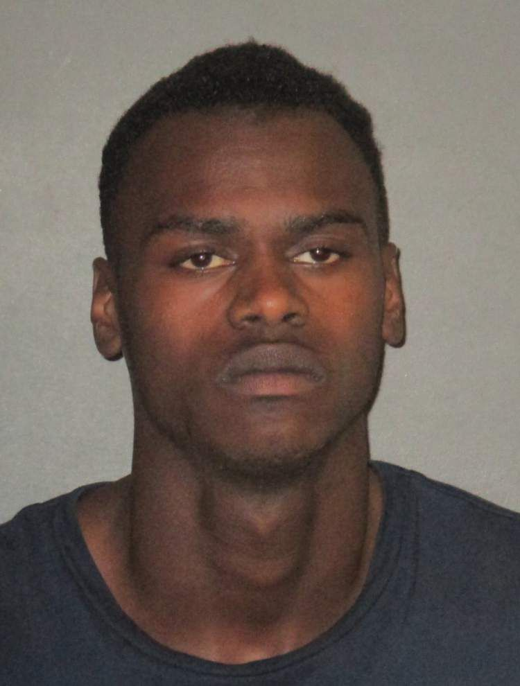 Zachary High student, identified via school security video, arrested on armed robbery and gun counts, police report _lowres