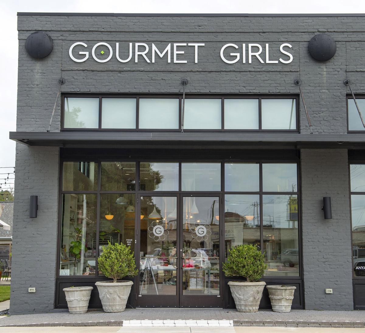 BR.gourmetgirlsliv.061020. 0026 bf.JPG