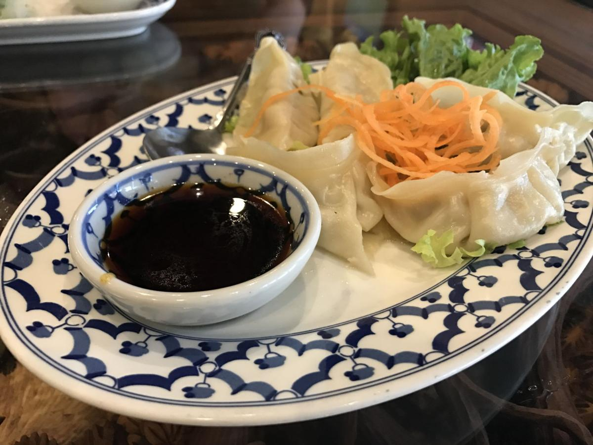 Restaurant review: Thai Kitchen doesn't