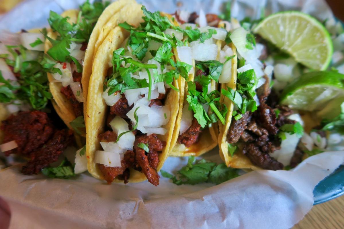 jalisco tacos.jpg (copy)