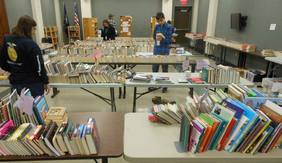 Sale is a win-win for library group and literature lovers _lowres