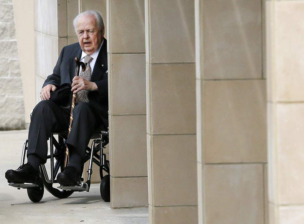 Saints owner Tom Benson asks to resign as overseer of daughter's trust in Texas, wants independent trustee appointed _lowres