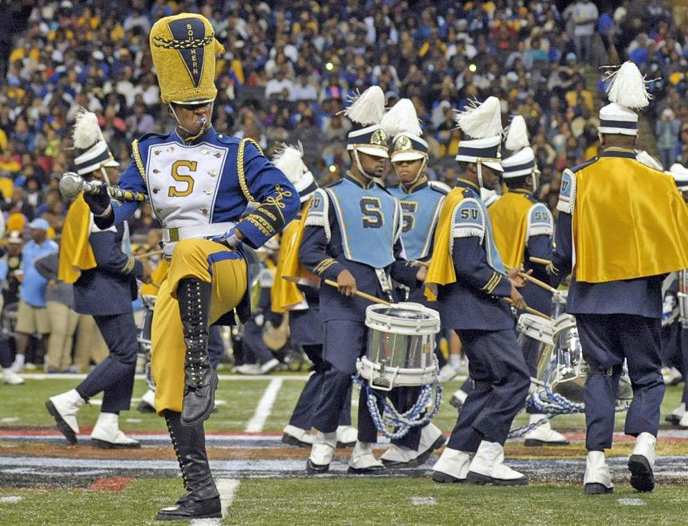 Jaguars, Tigers, fans flock to New Orleans for annual Bayou Classic rivalry _lowres