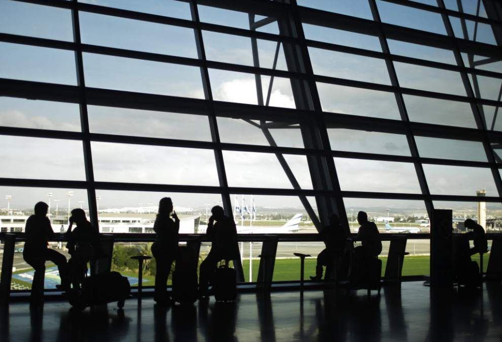 FAA tells U.S. airlines not to fly to Tel Aviv _lowres
