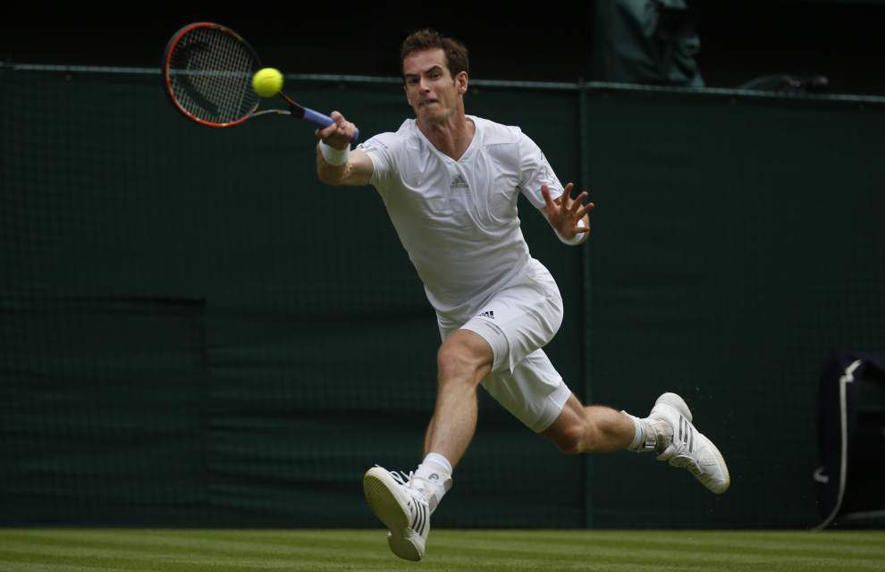 Wimbledon crowd welcomes Murray _lowres