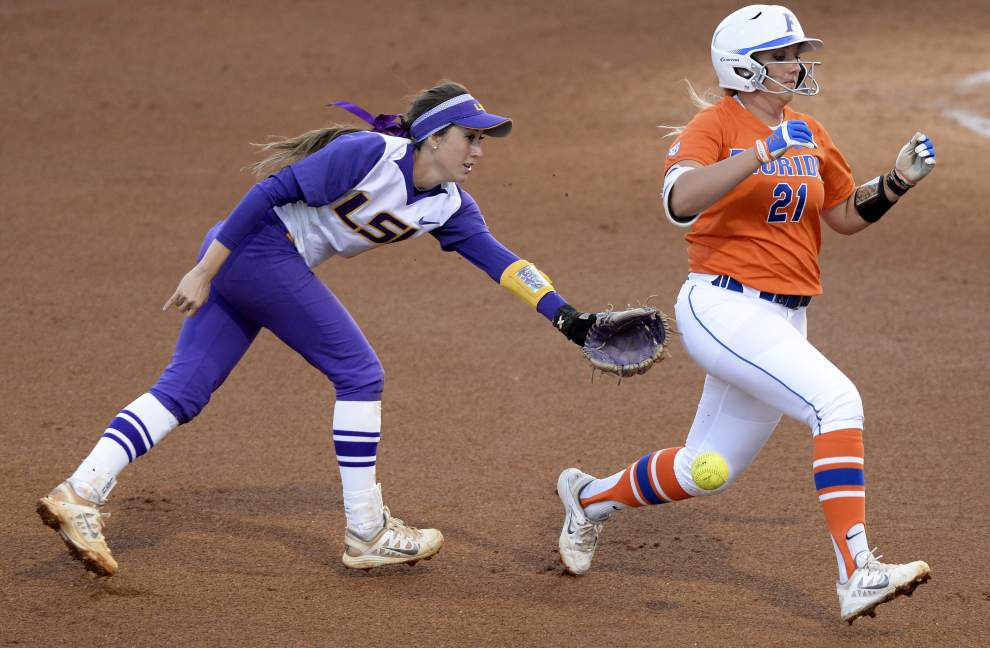 Missed opportunities costly in LSU softball's losses to Florida _lowres