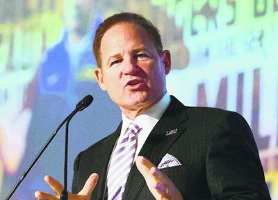 LSU coach Les Miles to district attorney: 'I'm on your schedule'; DA suggests charges against players could be dropped _lowres