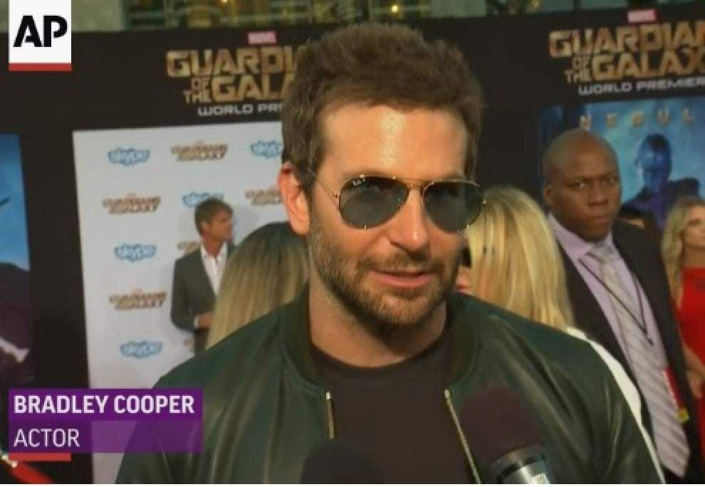 Cooper, Pratt at all-star 'Galaxy' premiere _lowres