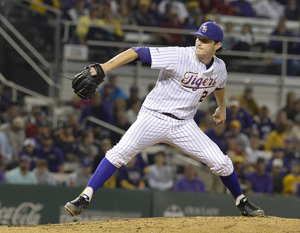 Video: Mainieri picks Glenn over Poche to start on Sunday _lowres