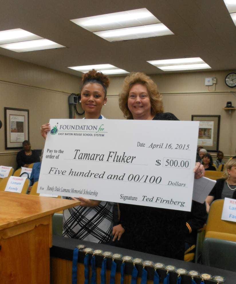 Student awarded 1st Lamana scholarship _lowres