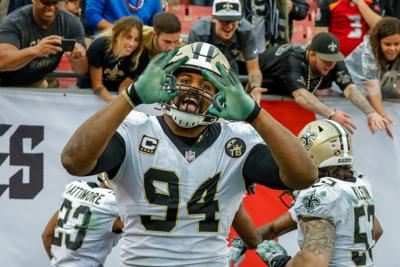 Underhill  Picture this -- Saints are  even scarier  after win vs. Tampa  Bay Bucs 8ef7a8eb6