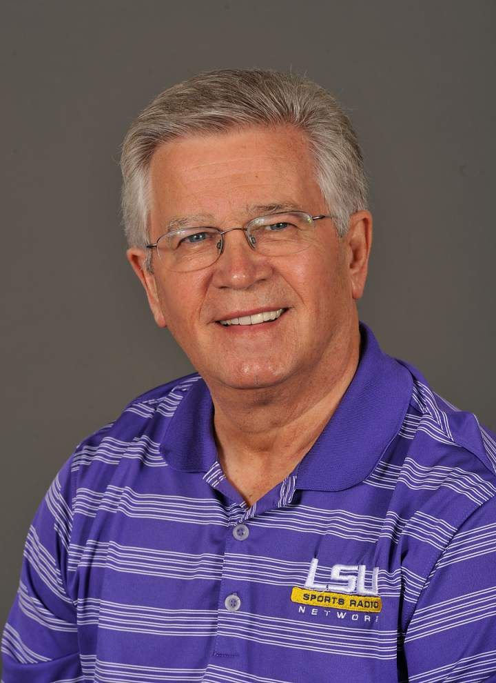 LSU radio announcer Jim Hawthorne one of two recepients of LSWA's 2016 Distinguished Service Award in Sports Journalism _lowres
