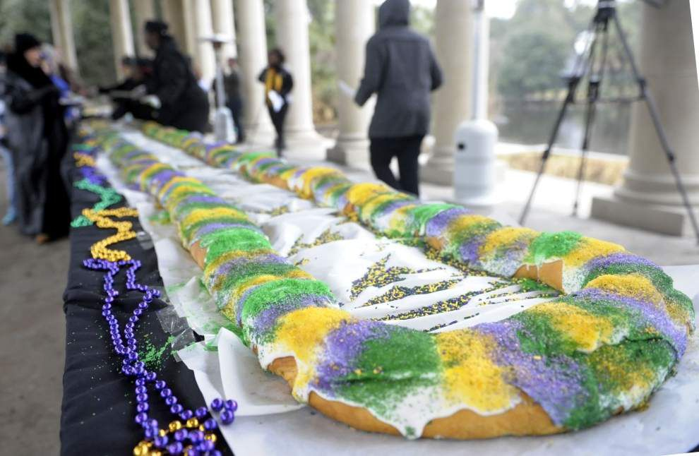 Ian McNulty's What's Cooking: Why resisting the king cake temptation is harder than ever _lowres