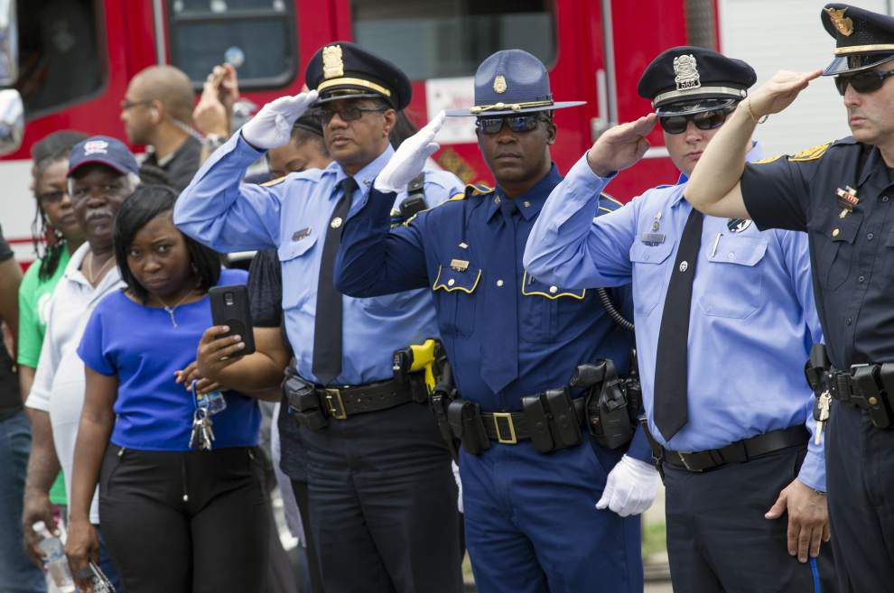 Photos: New Orleans residents and officers remember fallen NOPD officer Daryle Holloway _lowres