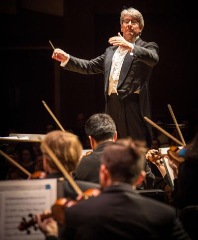 Tim Muffitt conducting 1.jpg (copy) (copy)